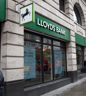 lloyds bank front